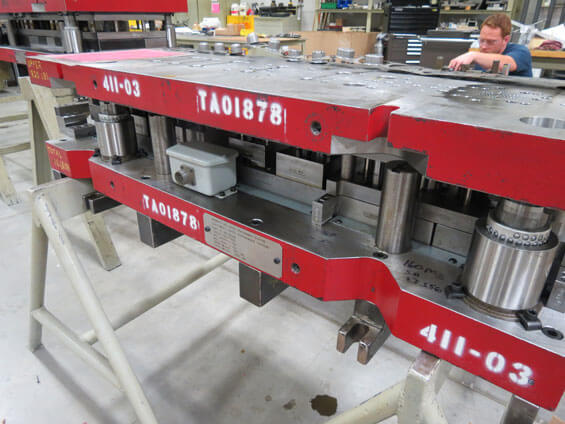 Scheduled evaluations on tooling dies prevent issues