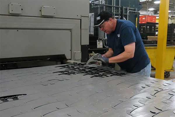 Fiber laser cutter delivers repeatability and quick turnarounds
